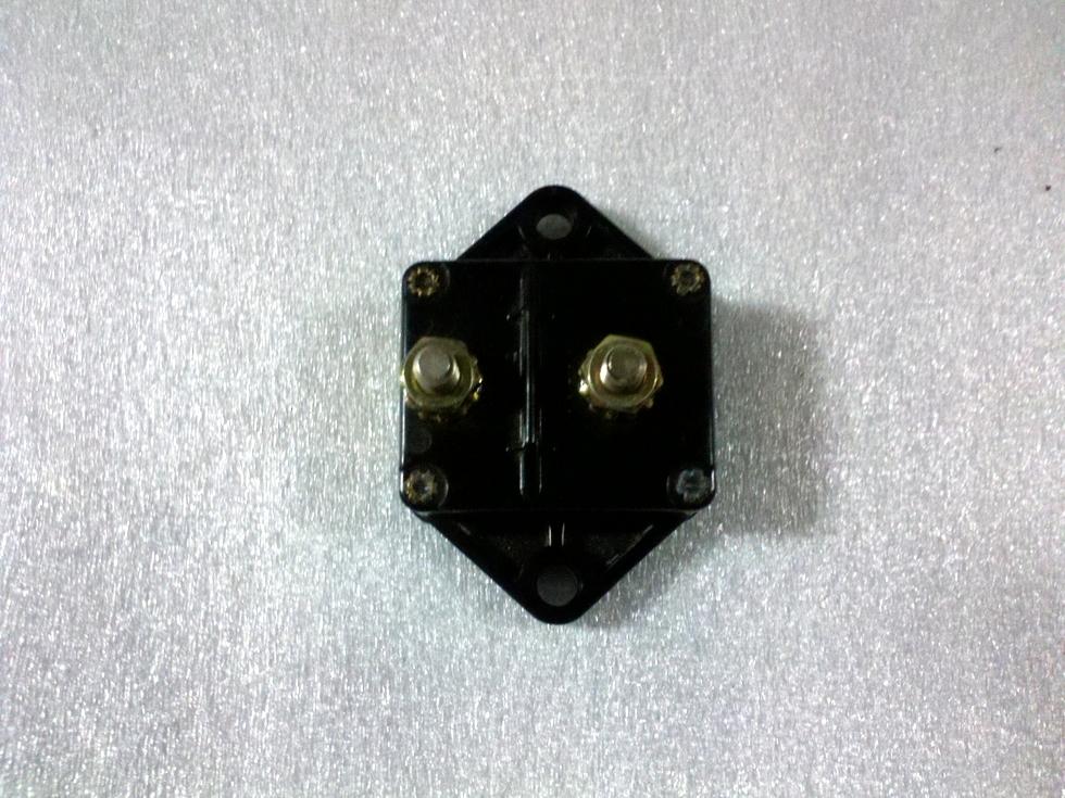 USED BUSSMAN CIRCUIT BREAKER P/N: 181135P-01-0