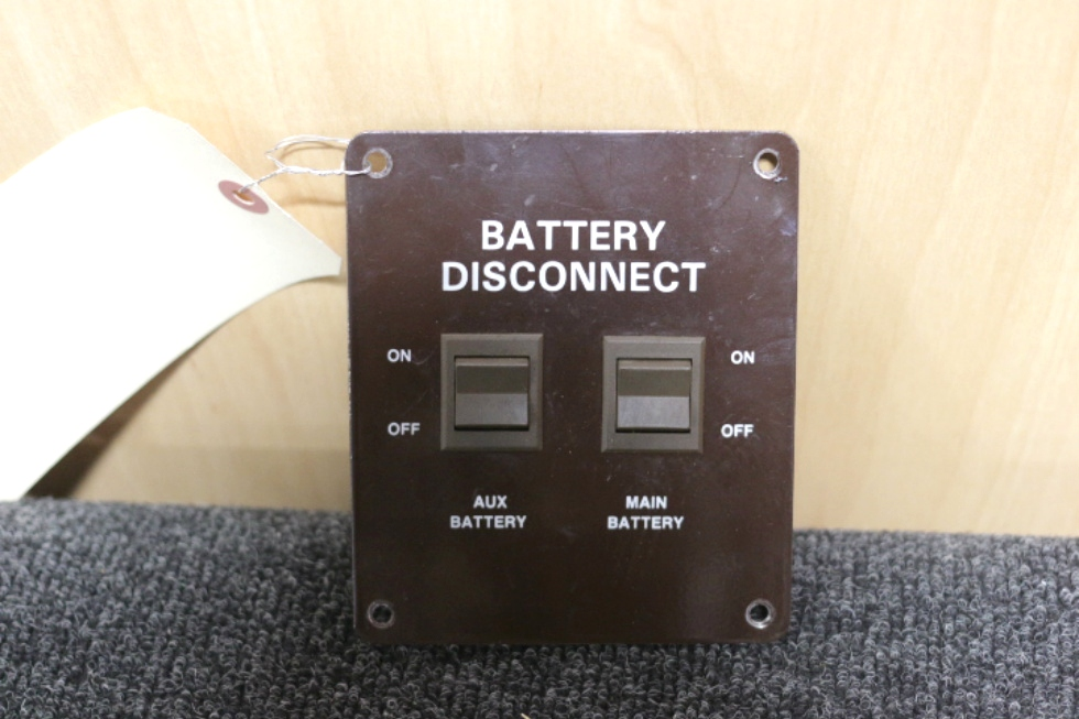 USED RV/MOTORHOME BATTERY DISCONNECT SWITCH SIZE: 4.5 x 5.5