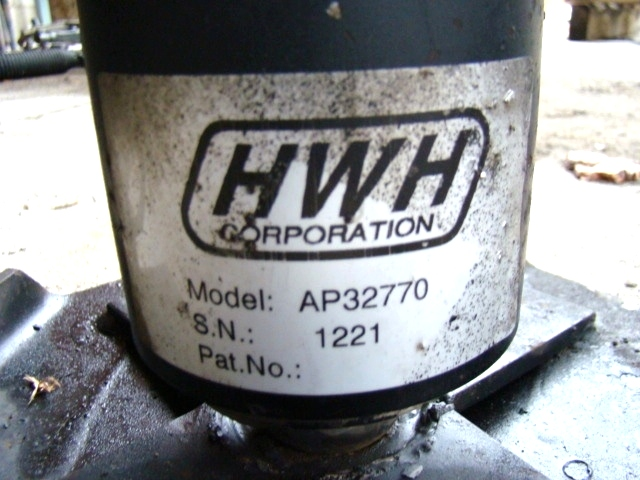 USED HWH LEVELING JACKS P/N: AP32770  **OUT OF STOCK**