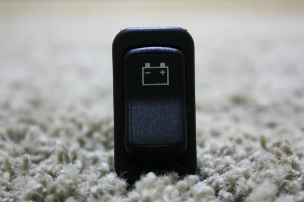 USED BATTERY ON / OFF DASH SWITCH MOTORHOME PARTS FOR SALE