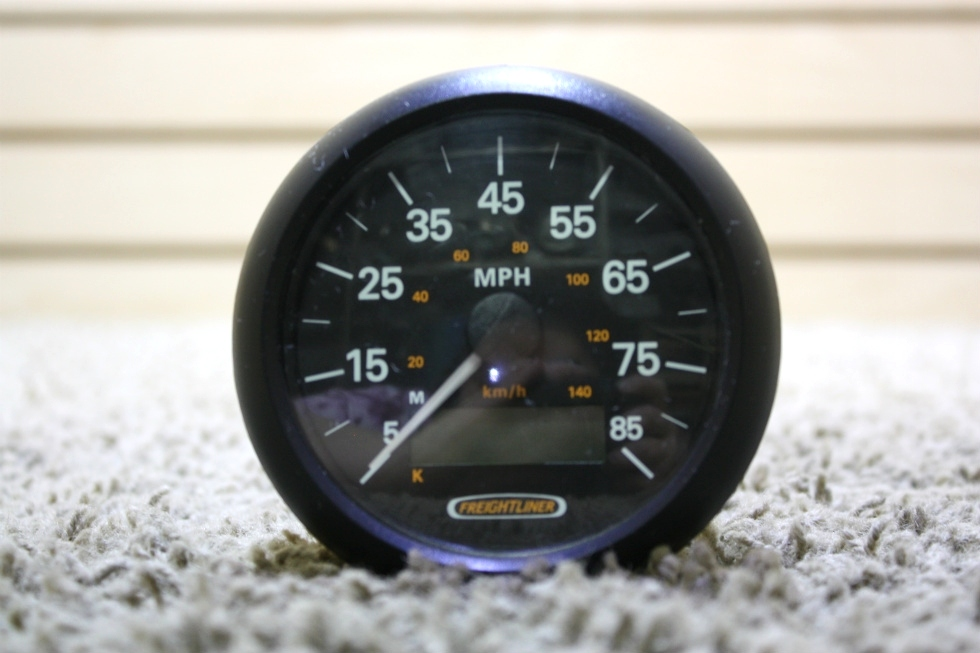 USED 76900910001 FREIGHTLINER SPEEDOMETER RV PARTS FOR SALE