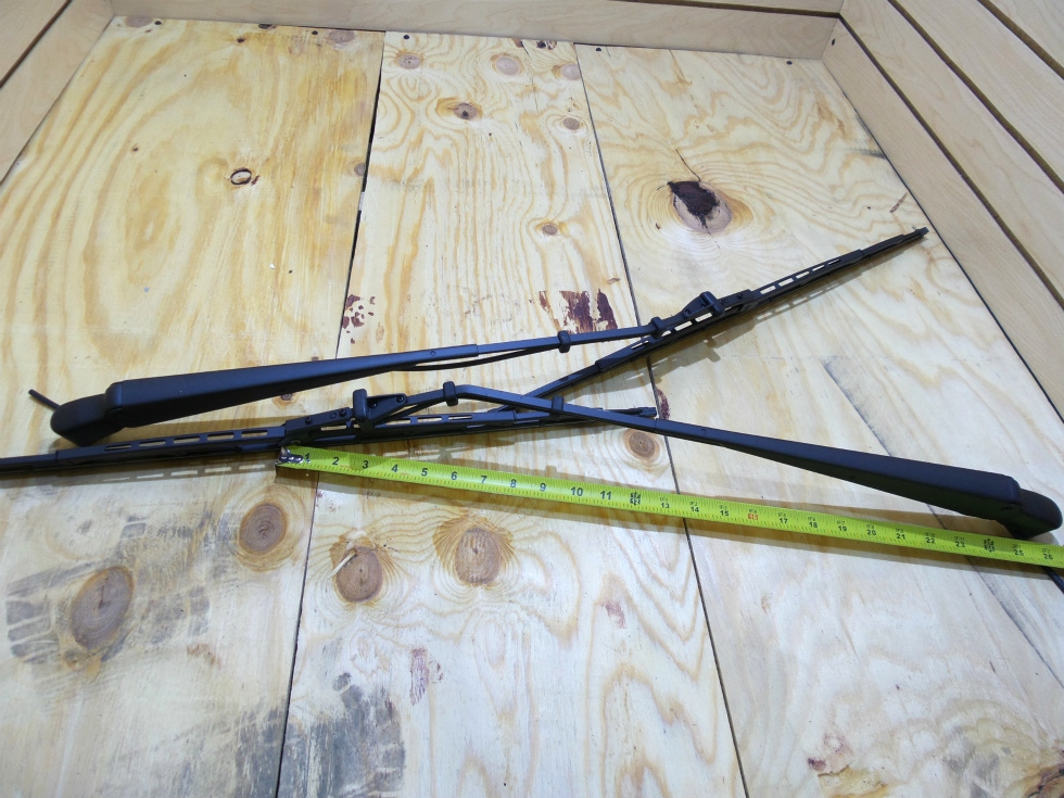 NEW FLEETWOOD WIPER ARM AND BLADE FOR SALE