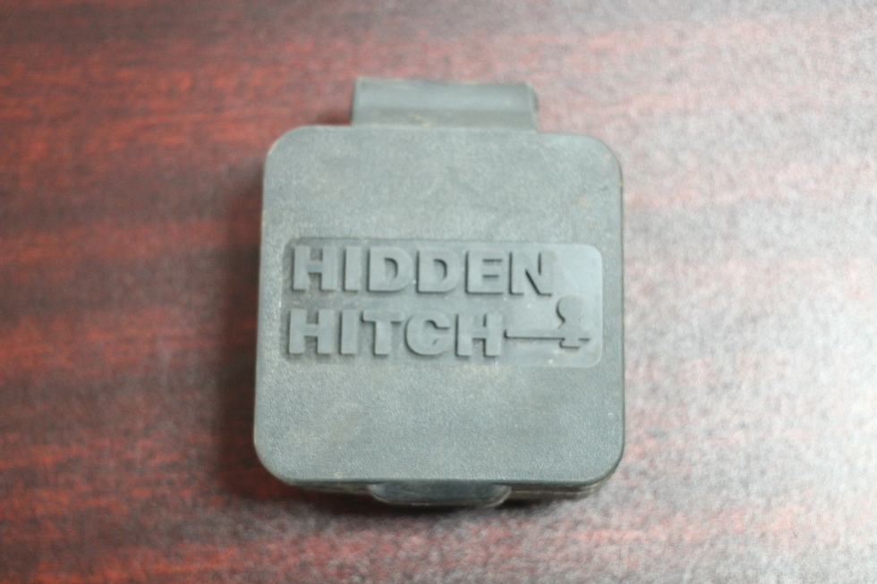 NEW HIDDEN HITCH RUBBER REAR TRAILER COVER SIZE: 2x2 IN.FOR SALE