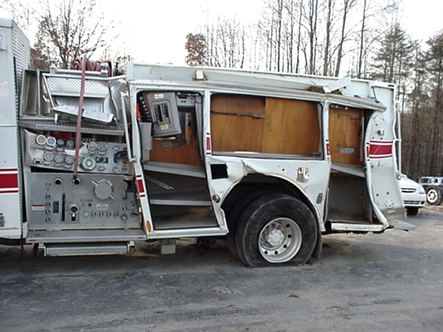 Used Trucks For Sale In Md >> RV Parts 2004 PIERCE FIRE TRUCK PUMPER DAMAGED/WRECKED ...
