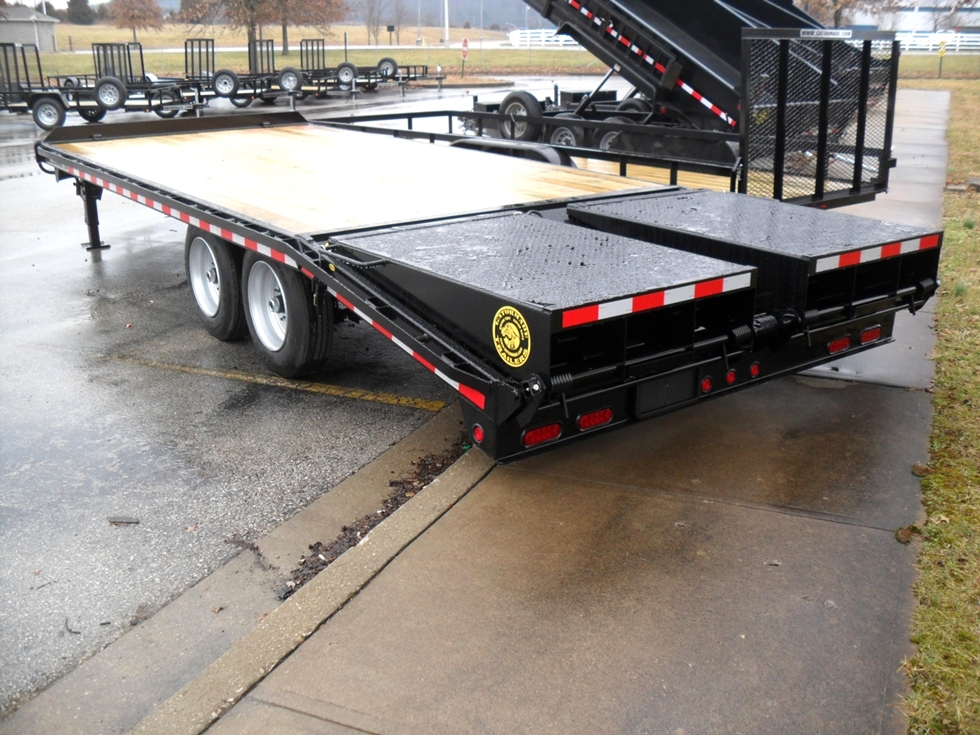 16+5 EQUIPMENT / DECK OVER TRAILER Equipment Trailers